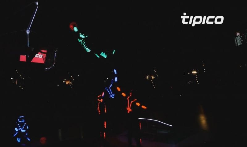 tipico LED Spalding Show Team FCBB